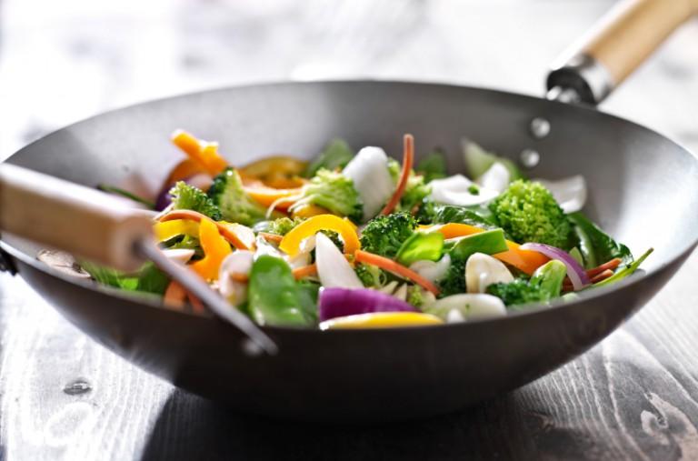 Gesunde und einfache 15-Minuten-Gerichte: Gemüsepfanne-Rezept