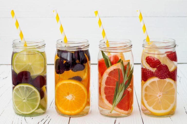 Infused Water: Wasser mit Geschmack selber machen